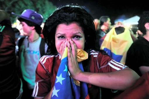 Los aficionados venezolanos lloraron la eliminación de sus selección.