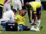 Edwin Valencia se lamenta tras la lesión.
