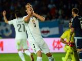 Diego Godín se lamenta tras fallar una ocasión ante Argentina.