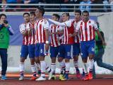 Jugadores paraguayos celebran uno de sus goles en el torneo.
