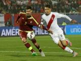Paolo Guerrero durante el partido contra Venezuela.