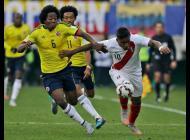 Carlos Sánchez único colombiano en el 11 ideal de la primera fase de la Copa América.