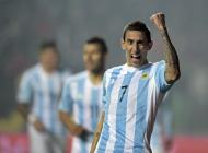 Di María celebra una de sus dos anotaciones contra Paraguay.