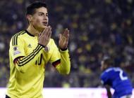 James Rodríguez se lamenta luego de fallar una ocasión ante Brasil.