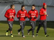 Jugadores de Chile durante los entrenamientos.