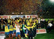 Selección Colombia celebra el título de la Copa América 2001.