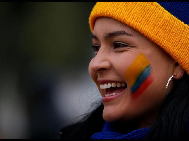 Aficionados de la Selección Colombia en las calles de Temuco.