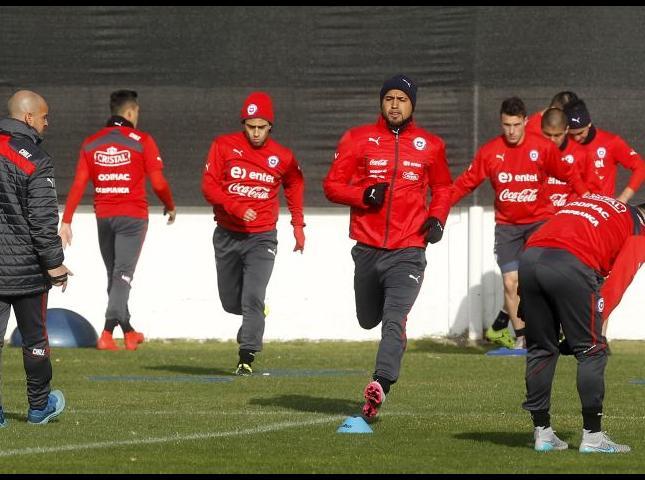 Selección de Chile en entrenamiento.