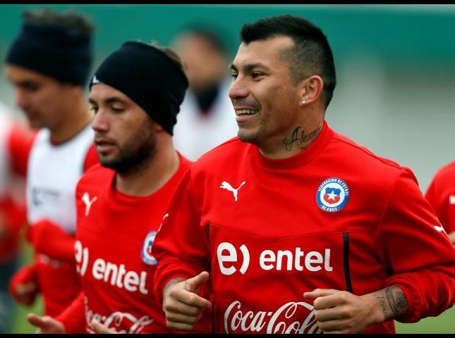 La Selección de Chile durante los entrenamientos.