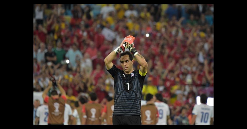 Claudio Bravo capitán de la selección chilena.