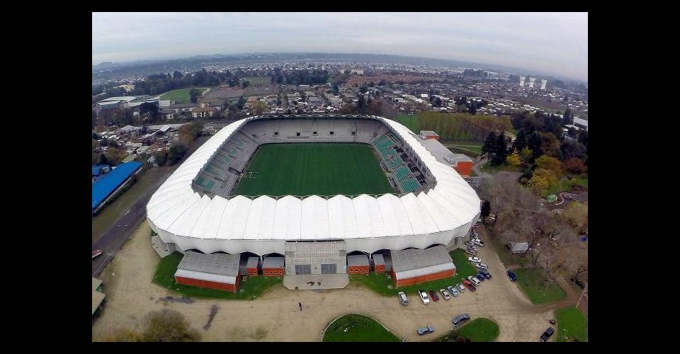 El estadio de Temuco tiene capacidad para 18.936 personas.