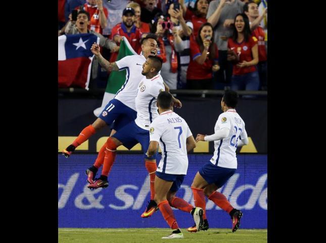 A Chile le serviría un empate para pasar a la siguiente ronda.