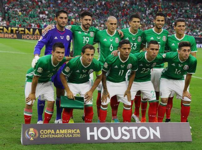 En México no hay un onceno definido pues su entrenador tiene un particular sistema de rotación.