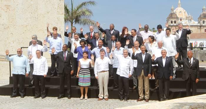 Toda una historia tiene la foto oficial de la VI Cumbre de las Américas. Julio C