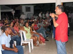 Juan Carlos Gossaín participó de un encuentro liberal.
