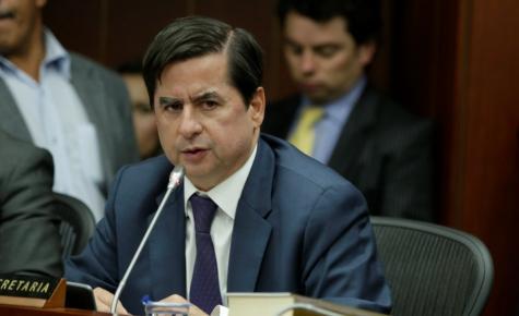 Juan Fernando Cristo, ministro del Interior.