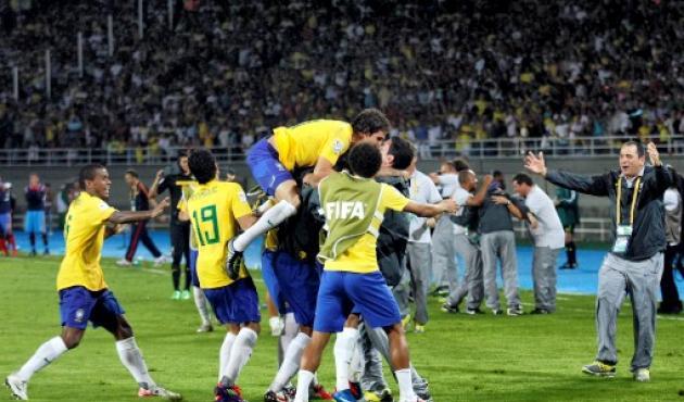 Brasil superó a España y está muy cerca del pentacampeonato.