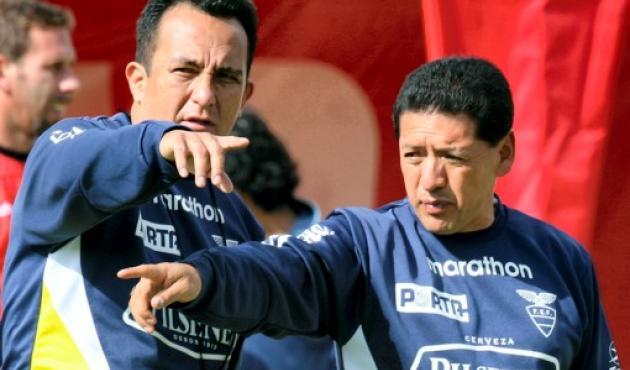 Sixto Vizuete, técnico de Ecuador.