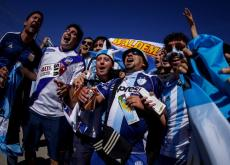 Hinchas uruguayos, argentinos, brasileros, ingleses e italianos acaparon las boletas.