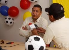 Iván René Valenciano, en entrevista con el periodista Samuel Álvarez.