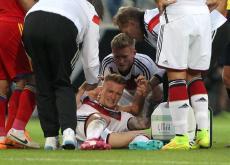 Reus sufrió la lesión cuando disputaba un balón dividido con Artur Yedigaryan.