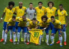 Brasil, goleado 7-1 por Alemania, buscará el sábado el tercer lugar ante Holanda.
