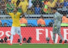 Neymar ha sido la figura de Brasil, que luchó para eliminar a Chile.
