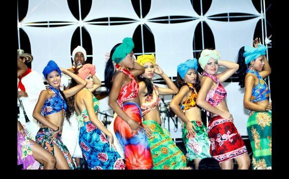 El espectáculo  musical representado por las reinas.