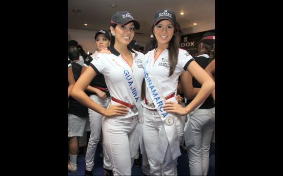 Vanessa Durán, de Gujira y Ana Santa, de Cundinamarca.
