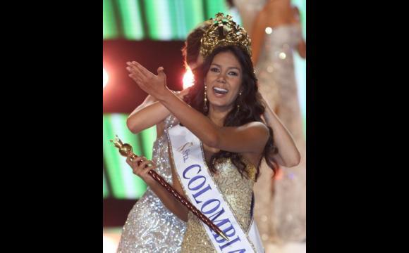 Catalina Robayo Vargas, en su primer desfile como Señorita Colombia.