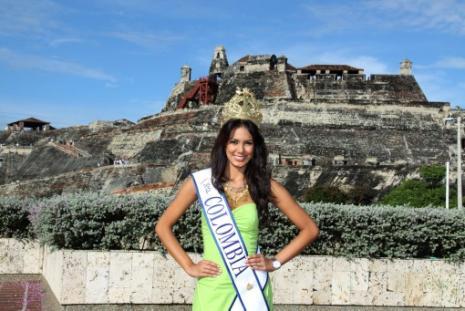 Catalina Robayo, nueva Señorita Colombia, visita las instalaciones de El Univers
