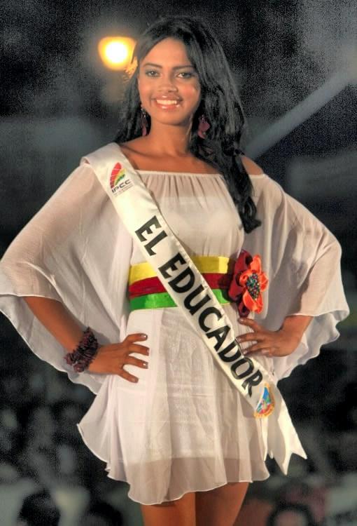 Karina Sugey Bustos Cortes