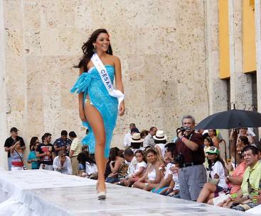 Señorita Cesar, María Laura Quintero