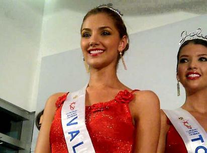 Señorita Valle, Melina Ramírez, ganó el rostro Jolie de Vogue