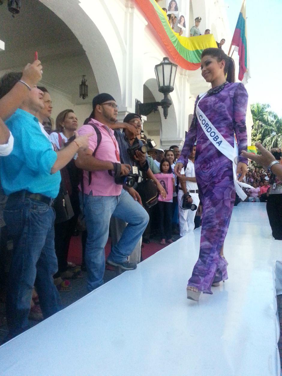 Srta. Córdoba Lizeth Paola Cueteaspirantes a señorita colombia en cartagena 2012