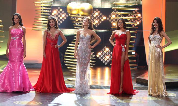 El jurado eligió además como Virreina a la Señorita Huila, Lorena Hermida; Prim