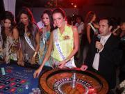 visita de reinas de belleza al casino río