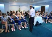 Reinas conferencia por qué creer en Colombia