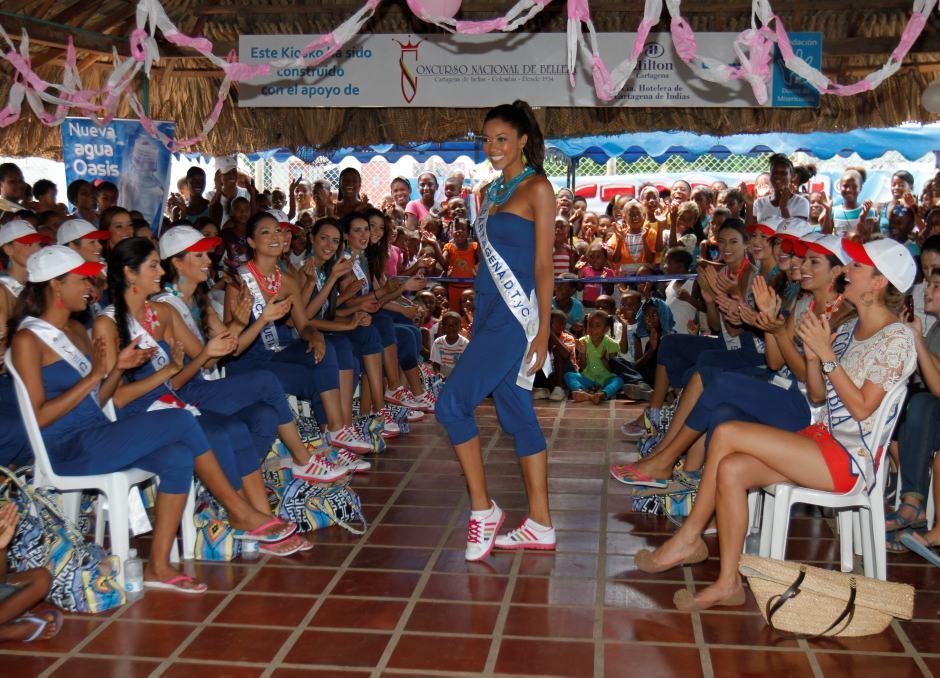 Visita de las reinas a Tierrabomba