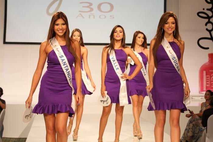 Señoritas Santander, Valle, Antioquia y Sucre.