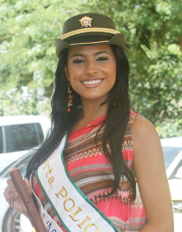 Wendy Almanza, candidata de Los Calamares