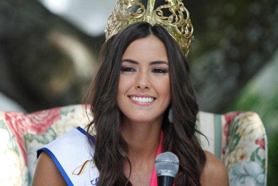 [OffTopic] Miss Universo. Paulina_vega_dieppa_srta_colombia_0