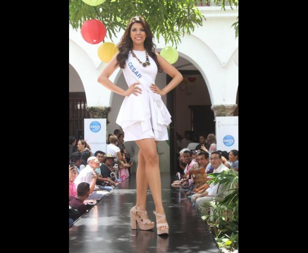 Señorita Cesar - Andrea Isabel Salas Daníes