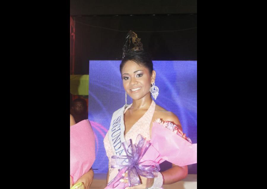 La segunda princesa: Daniel Lemaitre, Yenitza Lucía Galeano.