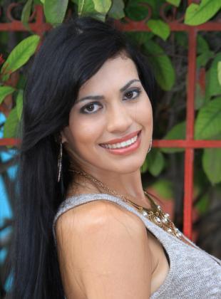 Grey Alejandra Salas