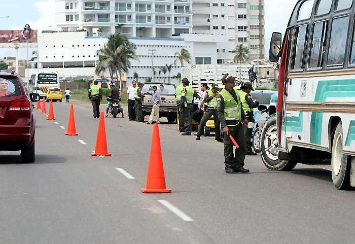 Resultado de imagen para puesto de control de la policia
