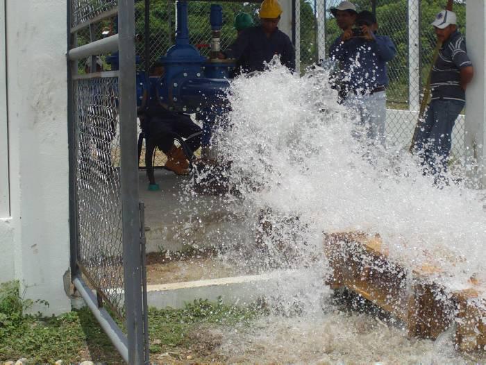 Acuecar inició pruebas con las motobombas de succión - El Universal - Cartagena