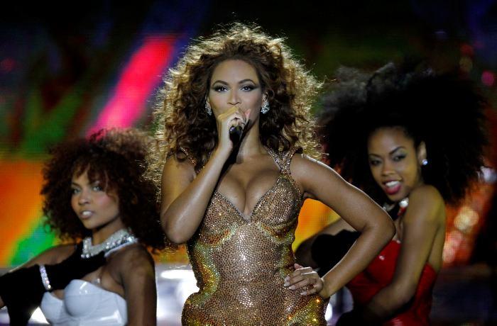 Le propuso matrimonio en concierto de Beyoncé - Taringa!