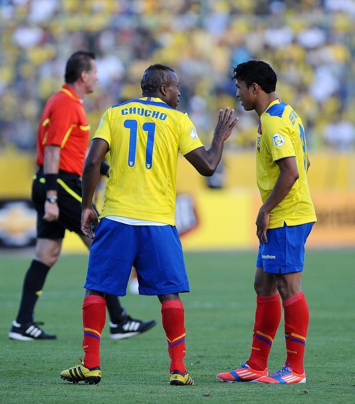 c071cb14a16 Selección de Ecuador elimina la camiseta 11 en homenaje a Benítez ...
