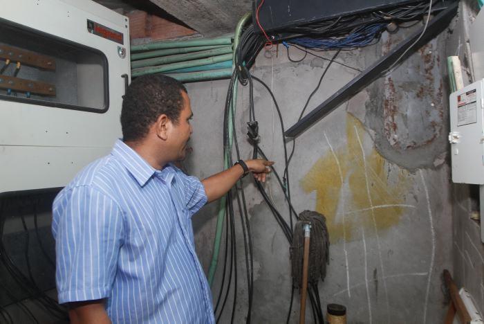 Resultado de imagen para REDES ELECTRICAS EN MALAS CONDICIONES